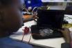 À Londres, des enfants assemblent leur propre ordinateur