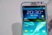 Un téléphone Samsung fumantprovoque une alerte sur un vol