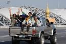 Les opposants quittent l'aéroport de Bangkok