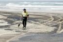 Australie: 60 km de plages sinistrées
