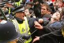 Des milliers de manifestants prennent d'assaut Londres