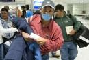 Les travailleurs mexicains ont été vus par un médecin