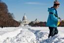 La côte est des États-Unis ensevelie sous la neige