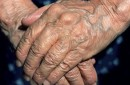 Du porte à porte pour briser l'isolement des aînés