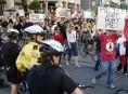 G20: des manifestants dénoncent «Torontano Bay»