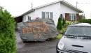 Le maire enlève la roche près de la maison de son ex-femme