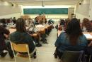 Appui à la grève: les étudiants en histoire derrière leur directeur