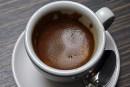 Boire son café ou thé très chaud peut causer un cancer de l'oesophage