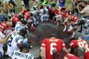 Les Chiefs endeuillés battent les Panthers