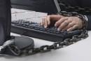 Porno juvénile: huit ordinateurs saisis chez un présumé producteur