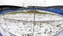 Une couche de neige recouvrait le terrain du Stade Saputo,... | 13 avril 2013