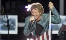 Jon Bon Jovi participe au Ice Bucket Challenge