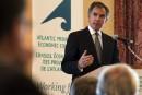 L'Alberta augmente impôt, taxes, tarifs et frais pour réduire le déficit