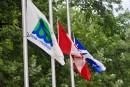 Lac-Mégantic: les drapeaux en berne dans plusieurs villes de la Mauricie
