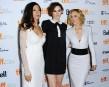 Les actrices Moran Atias, Loan Chabanol et Maria Bello prennent... | 10 septembre 2013