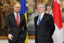 Stephen Harper visite le coeur de la révolte pro-démocratie en Ukraine