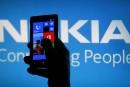 Nokia cède officiellement ses téléphones portables à Microsoft