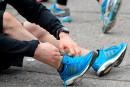 Le débat entourant l'utilisation de souliers minimalistes perdure