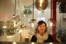 La lampiste Véronique Lamarre récupère boîtiers de CD, pièces de... | 5 mai 2014