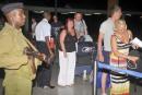 Menaces d'attentats au Kenya: des centaines de touristes évacués
