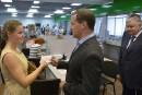 Medvedev distribue des passeports russes en Crimée