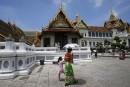 Thaïlande: la junte lève le couvre-feu dans trois zones touristiques