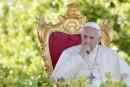 Le pape dénonce «la complicité» d'une partie du clergé