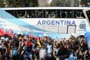 Des milliers d'Argentins accueillent leurs héros vaincus