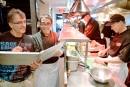 Travailleurs étrangers temporaires: le cuisinier français tant attendu en route!