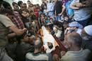 Les enterrements ont eu lieu après la prière du midi...   17 juillet 2014