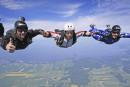 SOS Parachutistes cherche de l'argent pour se défendre