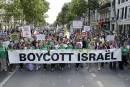 Des milliers de manifestants ont défilé à Paris dans le calme