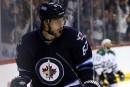 Michael Frolik et les Jets évitent l'arbitrage