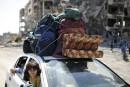 Israël et le Hamas respectent la trêve, négocient au Caire