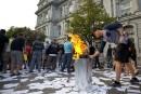 Le saccage à Montréal «totalement inacceptable», lancent le PQ et la CAQ