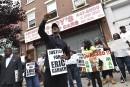 Manifestation à New York après la mort d'un père de famille noir