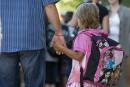 Retour en classe: un casse-tête pour bien des familles démunies