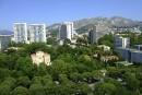 Marseille: entre les murs de la Cité radieuse