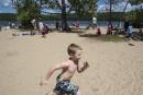 La jolie plage de sable du lac Philippe: un beau... | 29 août 2014