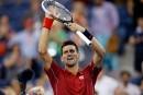 Novak Djokovic bat Andy Murray à l'usure