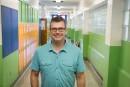 Portrait: Carl Vézina, directeur d'une école primaire