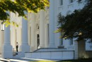 L'intrus de la Maison-Blanche détenait quantité de munitions
