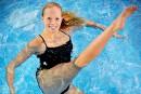 JacquelineSimoneau, dauphine de l'équipe canadiennede nage synchronisée