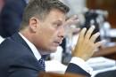 Retraites: Moreau dépose des amendements à son projet de loi