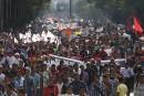 Des milliers de Mexicains manifestent pour les 43 étudiants disparus