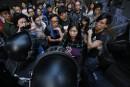 Hong Kong: dialogue menacé après le démantèlement de barricades