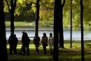 Travaux au lac aux Castors: deux entrepreneurs poursuivent Montréal