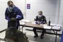 Ebola: premiers contrôles de passagers en France