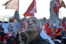 Des manifestants envahissent les rues pour dénoncer l'austérité