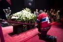 Des milliers de personnes rendent hommage à Jean Béliveau
